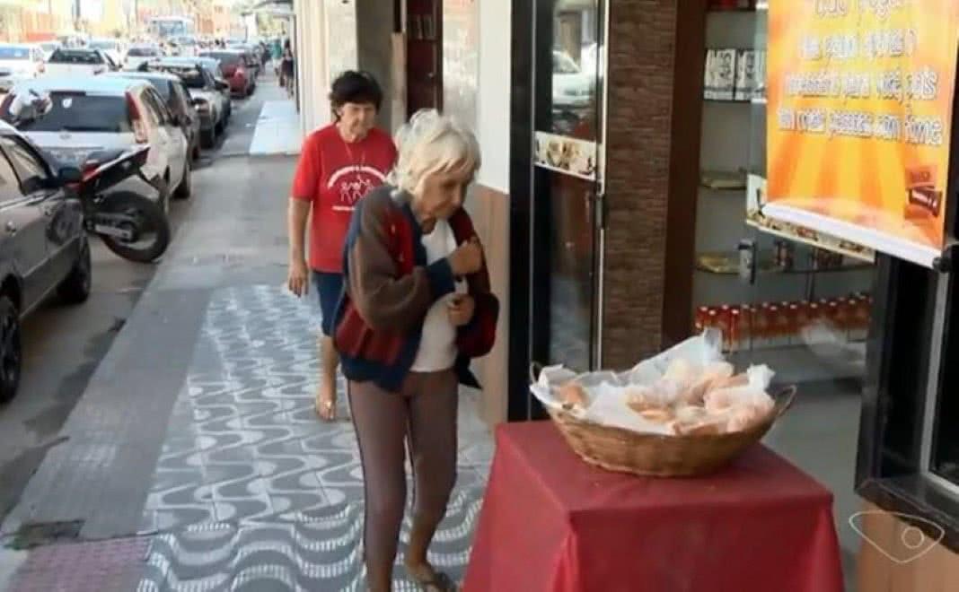 Padaria fornece gratuitamente pão