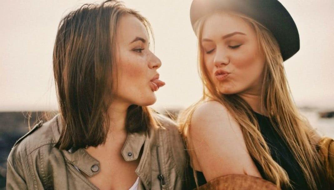 Ter irmã faladora tem efeito antidepressivo