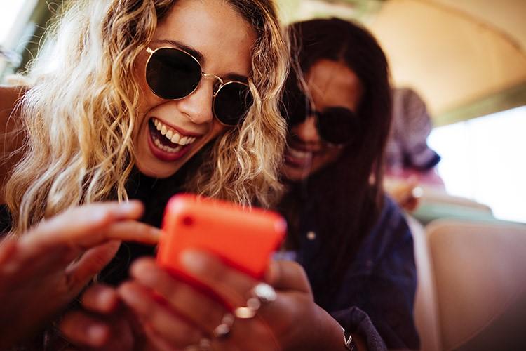 Rir alto pode ajudar-te a perder peso