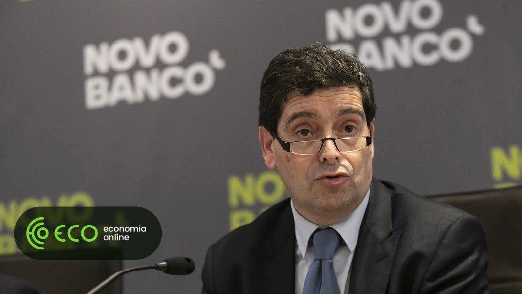 Aumento de 13% para o Presidente do Novo Banco