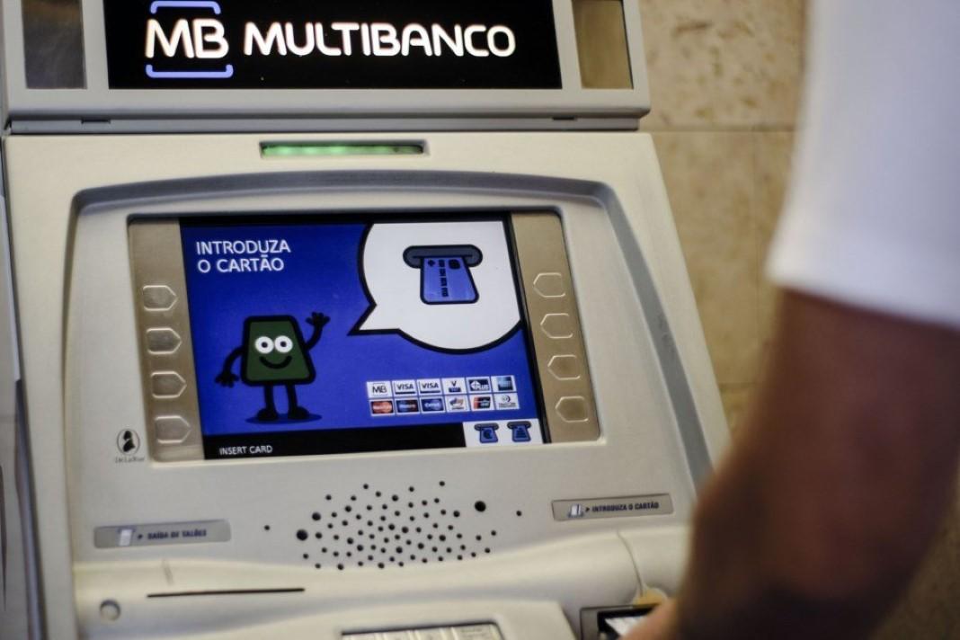 evitares ao máximo usar o multibanco