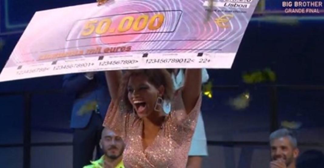 50 mil euros a ajudar a família