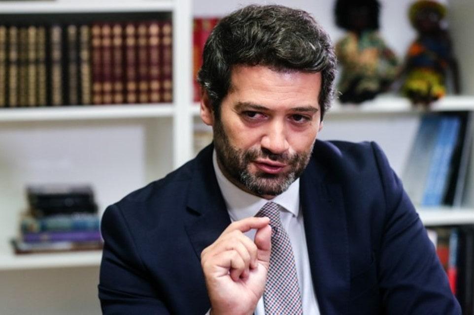 Facebook castiga e suspende André Ventura.